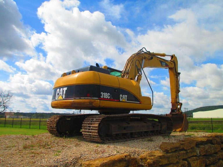 Caterpillar 318 CL аренда